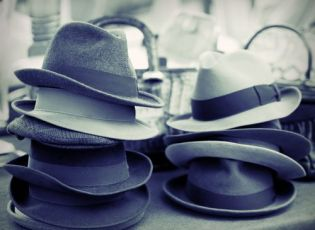 Edward Thomas Associates. CIO Hats