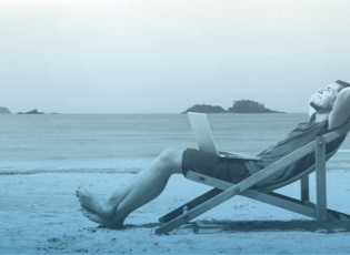 Xero accounting client relaxing on the beach